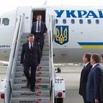 EU-Kommissar und die 13 EU-Außenminister unterstützten die Unterzeichnung des geplanten Assoziierungsabkommens mit der Ukraine